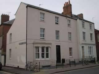 49 Walton Street